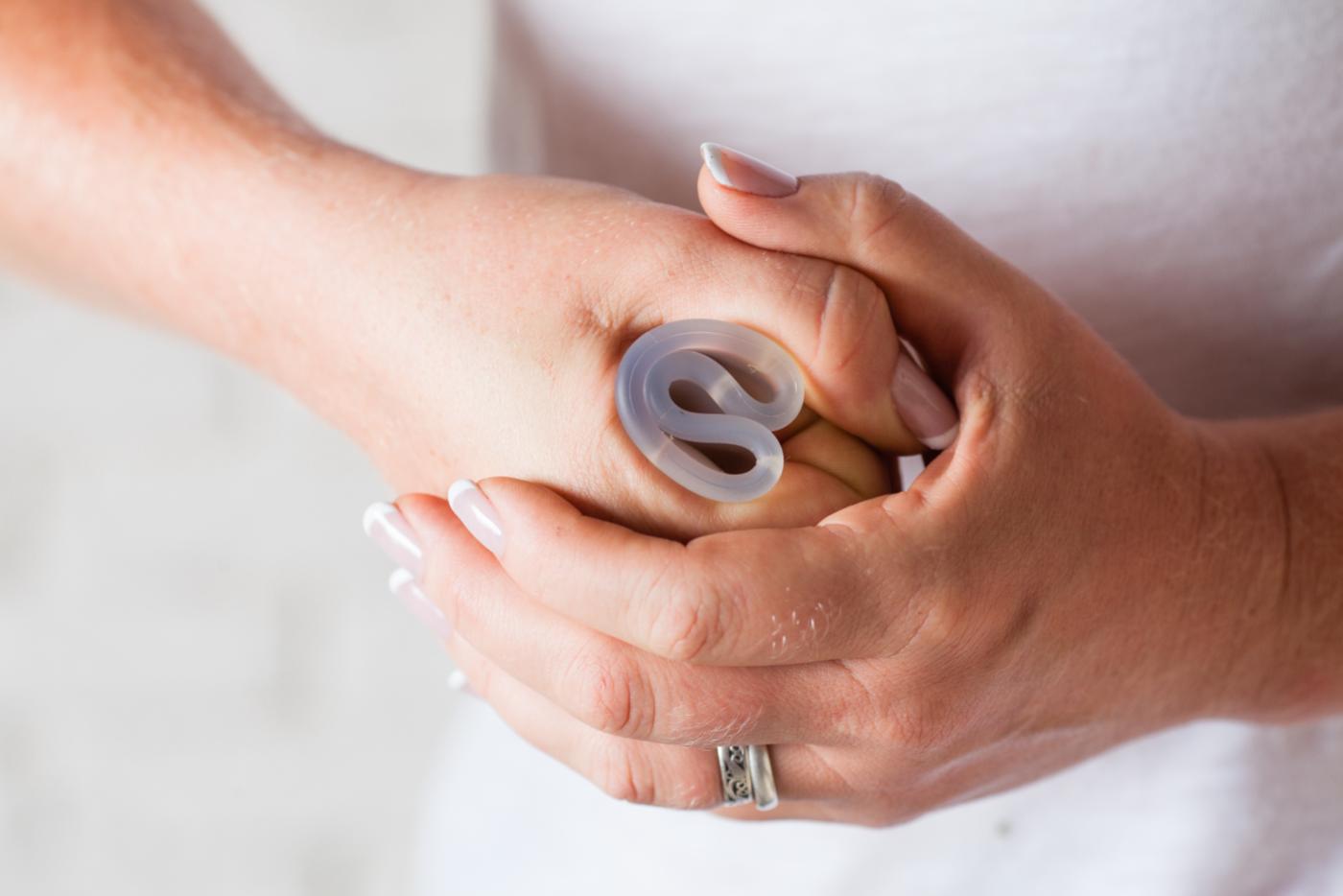 hogyan kell helyesen felvenni a péniszgyűrűt)