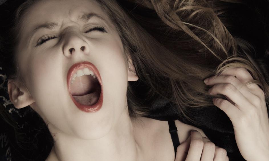 prírodné čierne ženy porno Hot brunetka mama porno